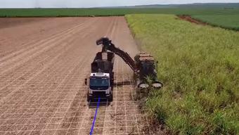 Per GPS gesteuert: Volvo baut jetzt selbstlenkende Lkws für Zuckerrohrbauern.