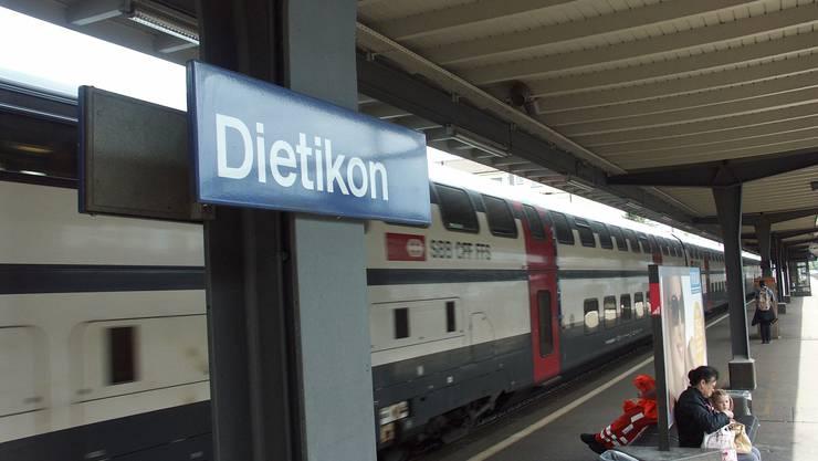 Der Unfall ereignete sich im Bahnhof Dietikon (Archiv)