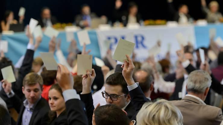 Für die Basis der FDP kam beim Parteitag vom 22. April in Yvonand VD einzig ein grosser Schulterschluss der bürgerlichen Parteien in Frage (Archiv).