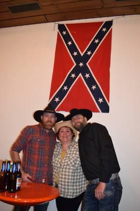 Die grössten Fans kleideten sich passend zum Country-Abend