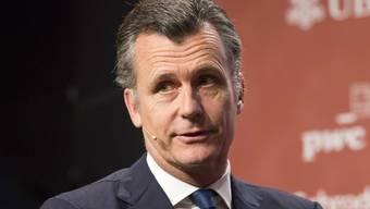 Ex-Nationalbankchef Philipp Hildebrand rät den Banken einen konsequenten Rückbau des amerikanischen Investmentbankings.