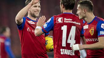 Der dreifache Torschütze Fabian Frei (links) konnte sich im Letzigrund feiern lassen