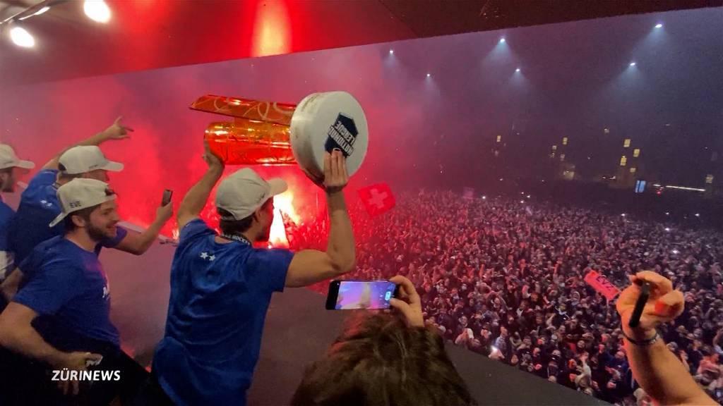 EVZ-Meisterfeier zieht rund 5'000 Personen an