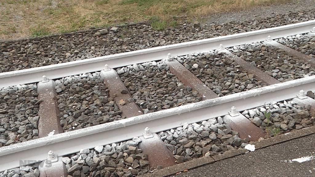 Hitzewelle: SBB testet weiss gefärbte Gleise