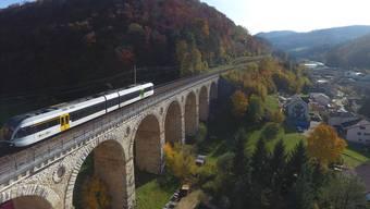 Das Läufelfingerli über dem Viadukt Rümlingen.