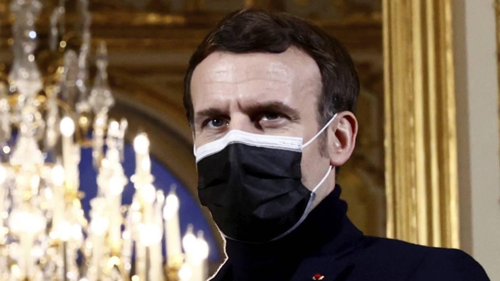 «Willkommen zurück»: Frankreichs Präsident Emmanuel Macron. Foto: Christian Hartmann/POOL Reuter/AP/dpa