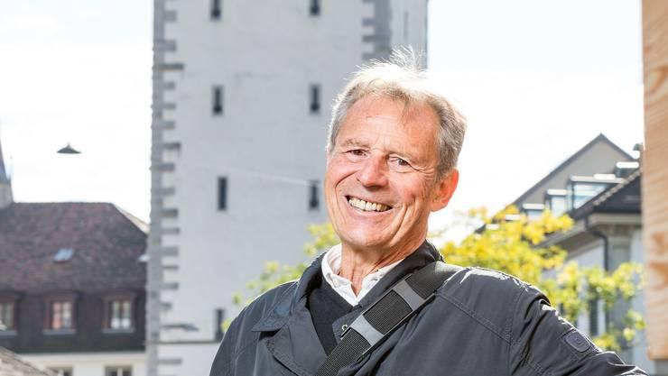 Im Stadtturm in Baden war bis 1984 ein Untersuchungsgefängnis untergebracht. Einblick in die Zellen. Im Bild: Stadtführer Fredy Hauser weiss viel über den Stadtturm zu erzählen.
