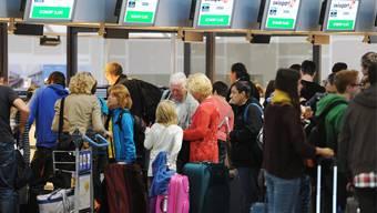 Noch nie hatte es so viele Passagiere am Zürcher Flughafen wie im letzten Jahr (Themenbild).