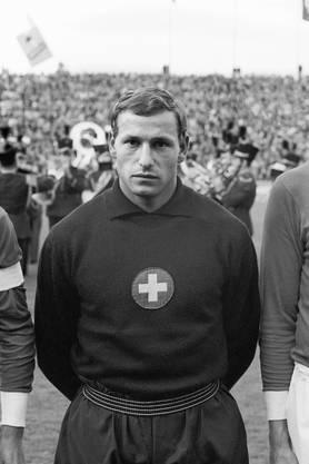 Sieben Mal spielte er in der Schweizer Nationalmannschaft. Mit 173 Zentimetern war er für einen Torhüter ungewöhnlich klein. Doch er macht das mit Schnelligkeit, Sprungkraft und technischem Können wett.