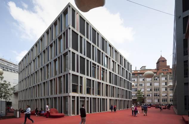 Der Hauptsitz der Raiffeisen in St. Gallen.