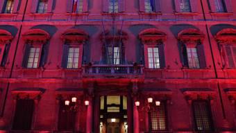 Das Senatsgebäude in Rom. Der Senat hat dem Haushaltsgesetz zugestimmt. Das Gesetz muss noch von der Abgeordnetenkammer abgesegnet werden. Italien ist hoch verschuldet.(Archivbild)