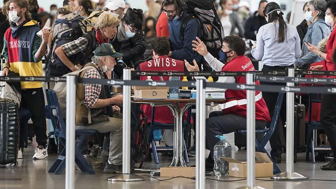 In der grössten Rückholaktion von Schweizer Reisenden im Ausland sind am Dienstag Passagiere aus Thailand, den Philippinen und Argentinien nach Zürich geflogen worden. Das EDA hat die Flüge organisiert. (Archivbild)