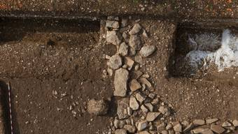 Grabungsarbeiten in Frick fördern römische Streifenhäuser zu Tage.