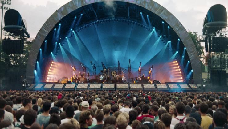 Die Redaktion nimmt die Festival-Saison zum Anlass, sich auf die guten alten Zeiten zu besinnen, als im Joggeli noch die Gitarren dominierten.  Mit unter anderem: Pink Floyd, 1994