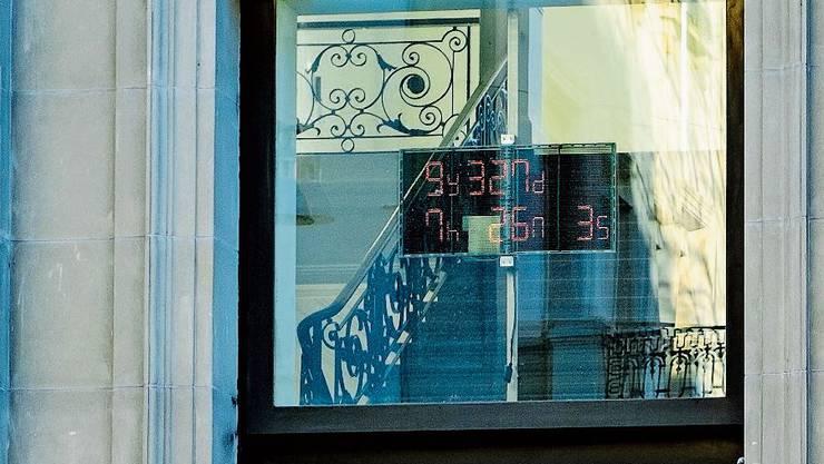 Beim Architekturmuseum läuft der Countdown: 9 Jahre und 32 Tage bleiben, um das Klima zu retten.