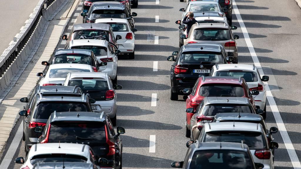 Verkehrsprobleme auf der A2 wegen Unfällen