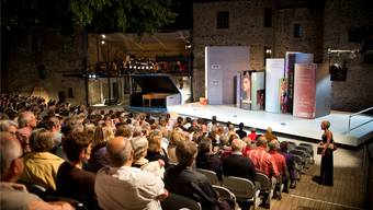 Letzten Sommer spielte die Schloss-Oper Rossinis «Barbiere».