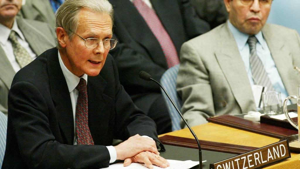 Ehemaliger Schweizer UNO-Botschafter warnt vor Druck der Grossmächte