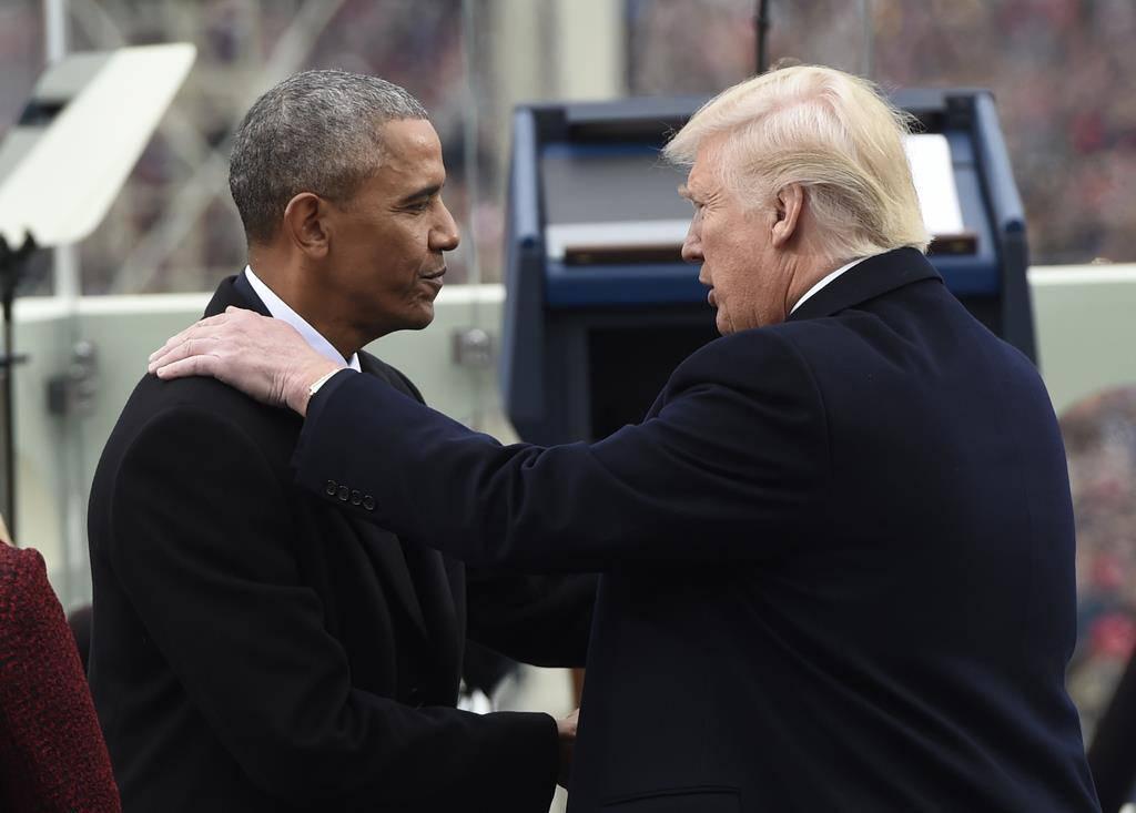 «Good job»: Barack Obama gratuliert seinem Nachfolger zur ersten Rede nach der Vereidigung.