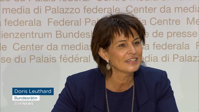 Doppelvakanz: Leuthard tritt zurück