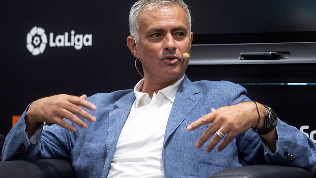 Wieder auf der Trainerbank statt im TV-Studio: José Mourinho
