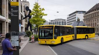 Die Autobus AG Liestal (AAGL) betreibt zehn Bus- und fünf Nachtbus-Linien von den Höhen der Frenkentäler bis an den Basler Aeschenplatz.