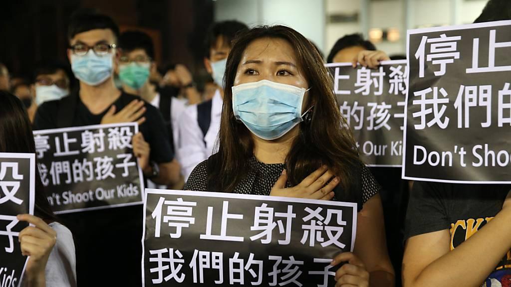 Hongkong plant Vermummungsverbot