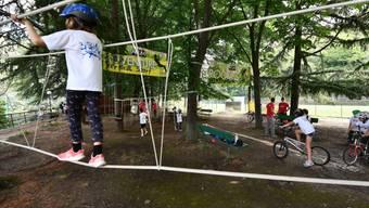 Eine amerikanische Studie zu einem Sommercamp hat wertvolle Informationen zur Coronavirus-Erkrankung bei Kindern und Jugendlichen hervorgebracht. (Symbolbild)