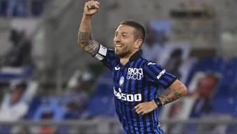 Atalantas Alejandro Gomez freut sich über sein Tor zum 2:1