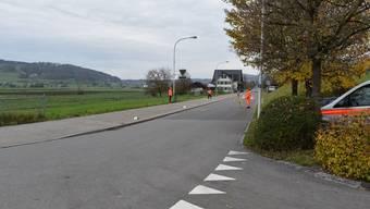 Der 81-Jährige war von Bonstetten in Richtung Wettswil unterwegs, als er stürzte.