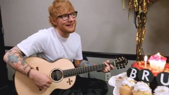 Ed Sheeran singt für Bruno Mars