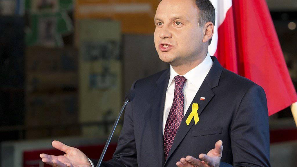 Wehrt sich wegen des Ukraine-Konflikts gegen die Aufnahme weiterer Flüchtlinge: Polens Präsident Andrzej Duda. (Archivbild)
