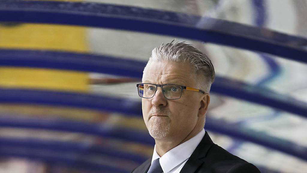 Trainer Per Hanberg, in der Vorsaison in der Swiss League Meister mit Langenthal, nun Leader mit Kloten