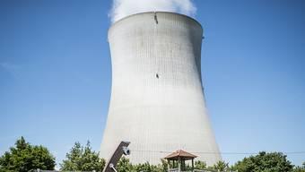 Die Atomausstiegsinitiative der Grünen fordert eine schrittweise Abschaltung der Schweizer AKW. Leibstadt ginge 2029 als letztes Atomkraftwerk vom Netz. (Archivbild)
