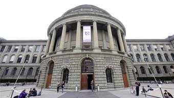 """Die ETH Zürich gründet die """"School for Continuing Education"""". (Archiv)"""