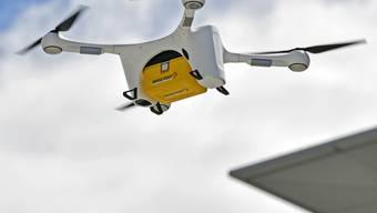 Die Post nimmt die Drohnenflüge im Dienste der Medizin wieder auf. (Archivbild)