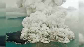 Der Vulkan Krakatau ist für den Tsunami am Samstag verantwortlich der über 400 Menschen das Leben kostete.