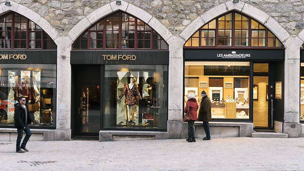 Online-Shopping setzt Mieten für Ladenflächen unter Druck. (Symbolbild)