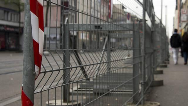 Abschrankungen vor OSZE-Ministertreffen in Basel