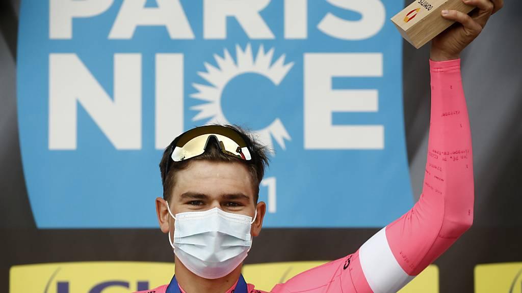 Stefan Bissegger, der Sieger der 3. Etappe, und seinen Rennfahrer-Kollegen werden die Rundfahrt Paris - Nizza am Sonntag nicht in der französischen Hafenstadt beenden dürfen