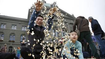Geld ohne Gegenleistung: Das bedingungslose Grundeinkommen soll es möglich machen.