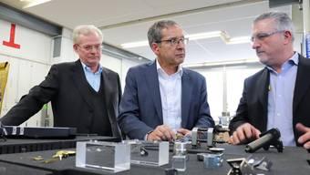 Landammann Urs Hofmann besuchte die Adrian Michel AG