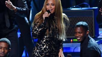 Chris Martin musste ihr angeblich die Füsse massieren, um sie für ein Wohltätigkeitsprojekt zu gewinnen: Beyoncé (Archiv)