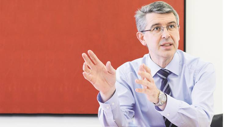 Unternehmer Josef Maushart von der Fraisa SA, Bellach, Präsident des Industrieverbands Solothurn und Umgebung (Inveso), warnt vor einer möglichen Wiederholung der Finanz- und Wirtschaftskrise.