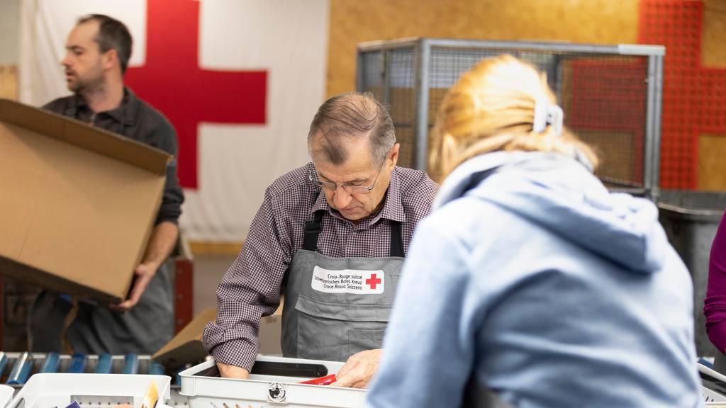 Schweizerisches Rotes Kreuz muss auf Tausende Helfer verzichten