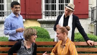 Sie sind in ihrem Element (v. l.): Thair Alsaad in der Rolle von Sam, Franziska Bussmann als Carol, Zora Drieghe-Helier als Phillis und David Gnägi als Howard.