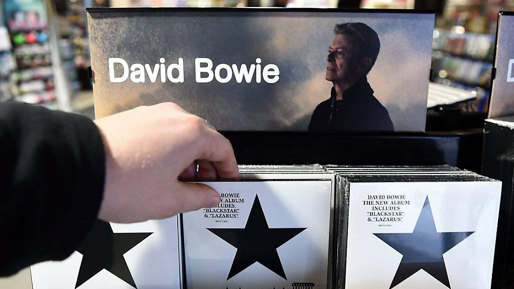 Sonderausgaben von David Bowies letztem Album «Blackstar» werden für bis das Zehnfache des Listenpreises gehandelt.