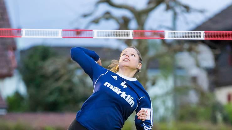 Angreiferin Andrea Geber und ihre Teamkolleginnen wollen am Finalevent in Jona den Schweizer Meistertitel holen.