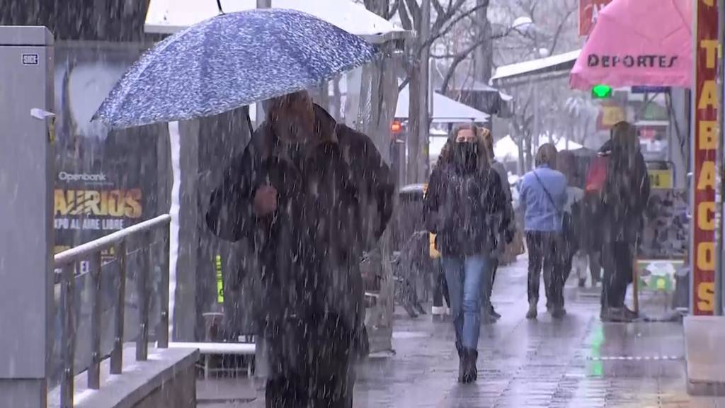 Madrid wird von Schnee überrascht