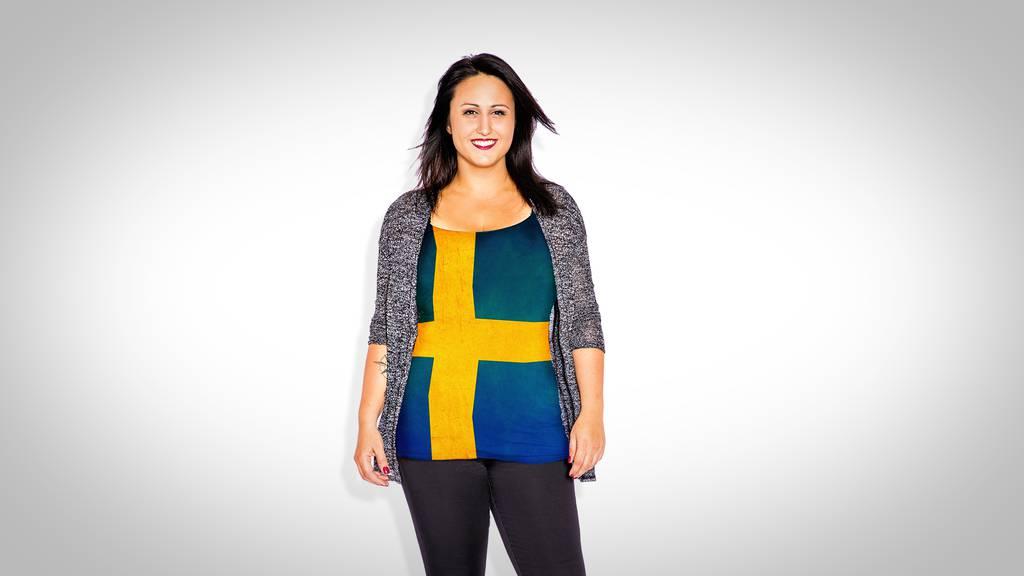 Nina in ihrer ersten Schwedischlektion